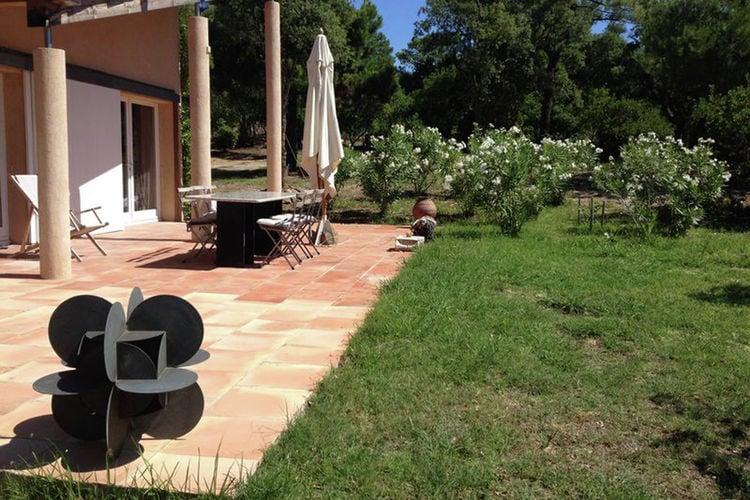 Cogolin Vakantiewoningen te huur Moderne villa met twee suites bij Grimaud en Saint Tropez