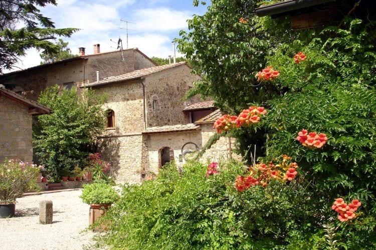 San-Gimignano Vakantiewoningen te huur Karakteristieke boerderij in de buurt van San Gimignano