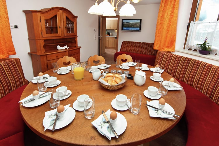 Ref: AT-5753-50 3 Bedrooms Price