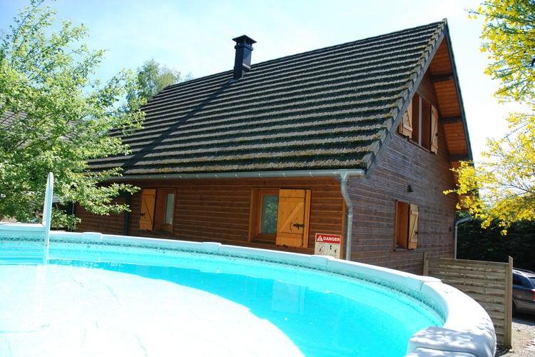Heerlijk vakantiechalet met zwembad en jacuzzi op loopafstand van meer