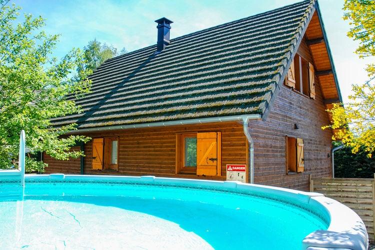 Vakantiehuis met zwembad met wifi  Beaulieu  Maison de vacances -   BEAULIEU