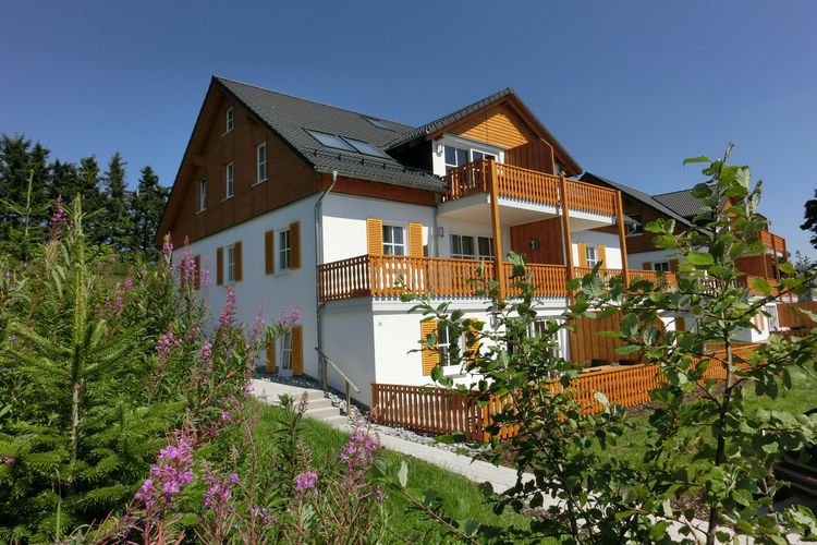 Winterberg-Neuastenberg Vakantiewoningen te huur Rustig gelegen woning nabij Winterberg met terras, tuin en een prachtig uitzicht