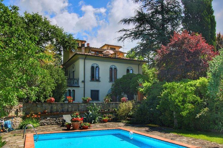 Villa met zwembad met wifi  ToscanaNido