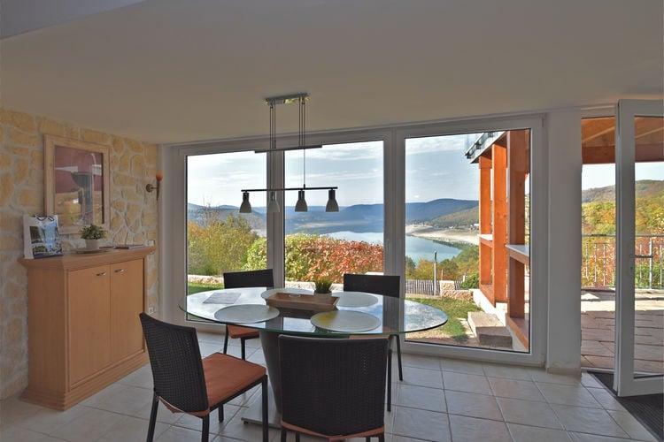 Waldeck Vakantiewoningen te huur Grote woning bestaande uit twee wooneenheden met een mooi uitzicht op de Edersee