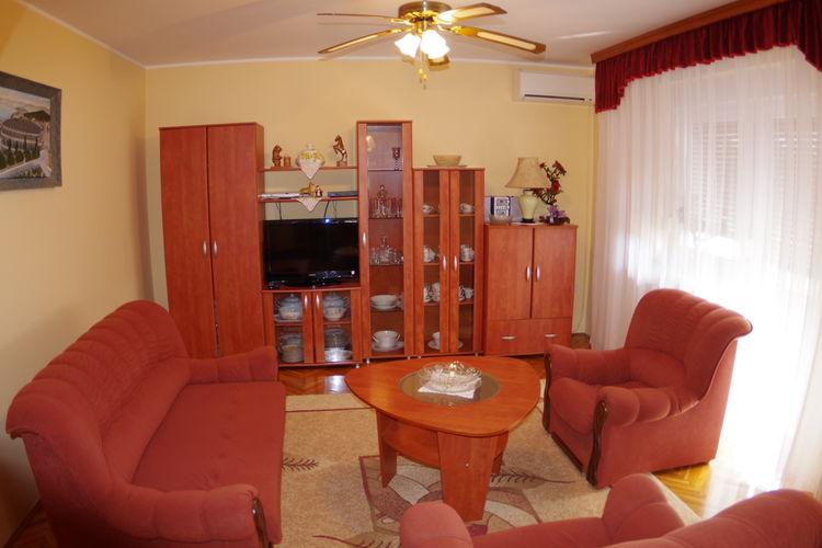 Villa Kroatië, Istrie, Svetvinčenat Villa HR-52342-21