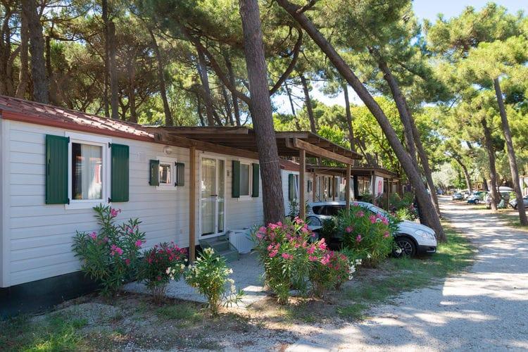 Sta caravan met zwembad met wifi  Lido di Spina  Ametista Mare & Pineta