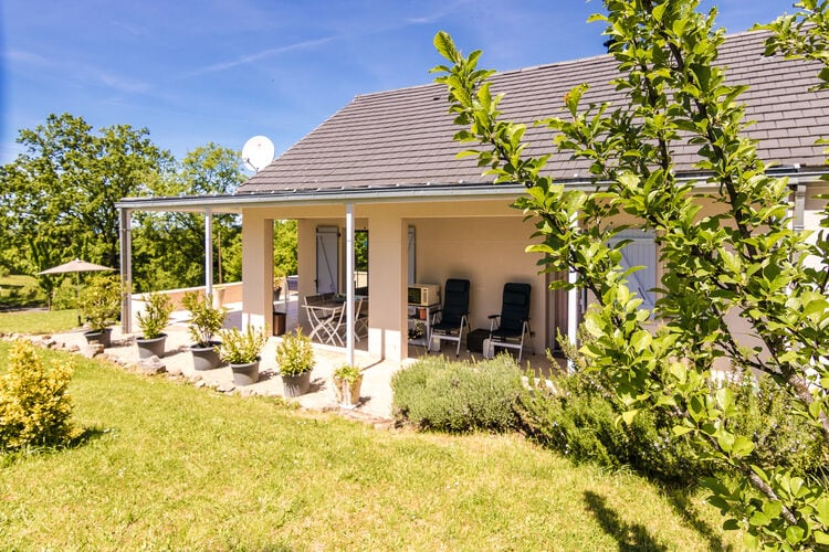 Frankrijk | Limousin | Villa te huur in Sioniac   met wifi 6 personen