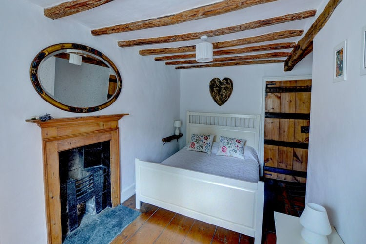 Ref: GB-13000-06 2 Bedrooms Price