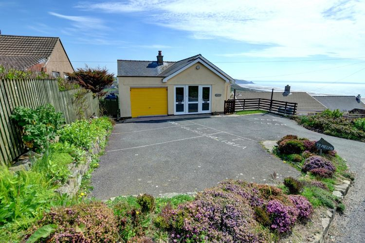 Holiday apartment 2 Ty Melyn (1870472), Newgale, West Wales, Wales, United Kingdom, picture 11