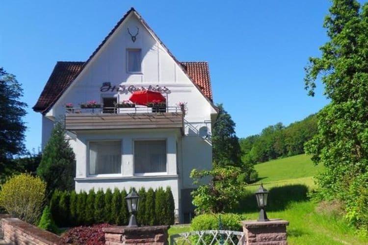Appartement huren in Nedersaksen -   met wifi  voor 7 personen  Welkom in het Weserbergland. Deze ..