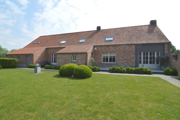 Vakantiewoning  met wifi  Geel  Moderne, comfortabele en zeer ruime woning met grote tuin, landelijk gelegen