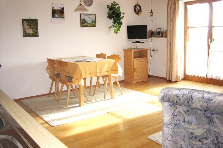 Ref: DE-86980-02 2 Bedrooms Price