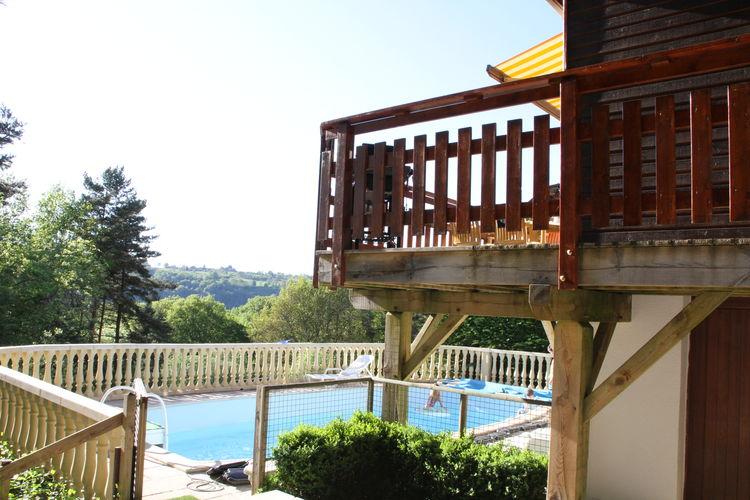 Beaulieu Vakantiewoningen te huur Vakantiehuis met schitterend uitzicht, privé zwembad nabij een meer