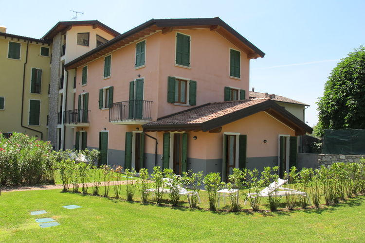 Apartment Lakes of Italy