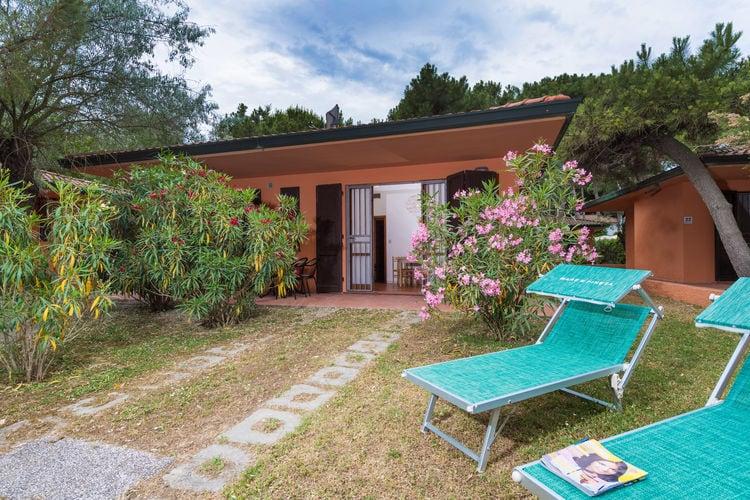 Vakantiehuis met zwembad met wifi  Lido di Spina  Marina Villetta Due