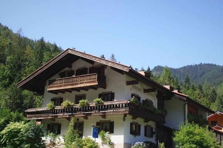 Duitsland | Beieren | Appartement te huur in Ruhpolding met zwembad  met wifi 5 personen