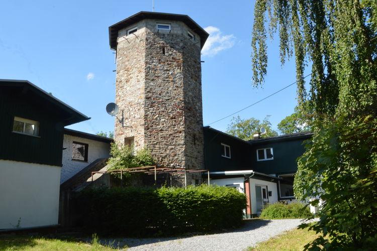 Saarland Vakantiewoningen te huur Prachtig gelegen groepshuis met uitzicht toren, sauna hoog boven Bad Ems