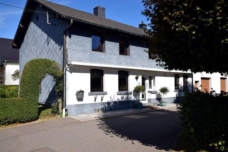 Vakantiehuis  met wifi  Bütgenbach  Haus Päsch