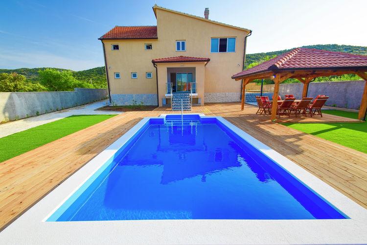 Kroatie | Dalmatie | Villa te huur in Grabovci met zwembad  met wifi 10 personen