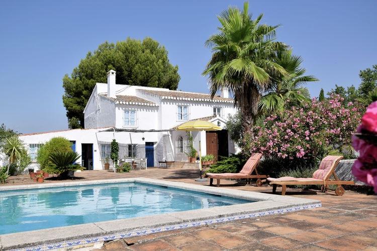 Andalucia Vakantiewoningen te huur Landelijk gelegen boerderij met privé zwembad in Villanueva de Rosario, Malaga