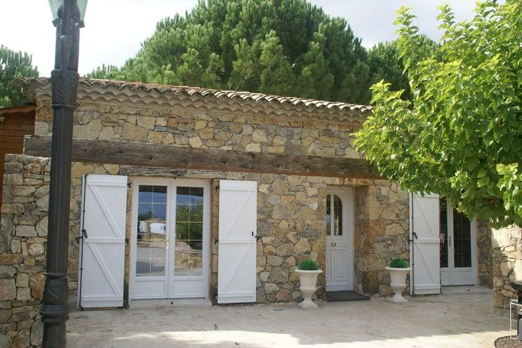 Vakantiewoning met zwembad met wifi  Les Arcs-Sur-Argens  Fraaie villa voor 4 personen met privé-zwembad op half uur van Sainte-Maxime.
