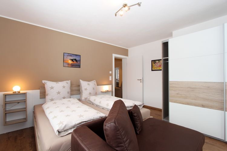 Ref: AT-5741-61 3 Bedrooms Price