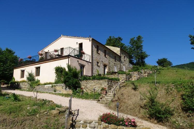 Vakantiehuizen Italie | Marche | Vakantiehuis te huur in Pergola   met wifi 2 personen