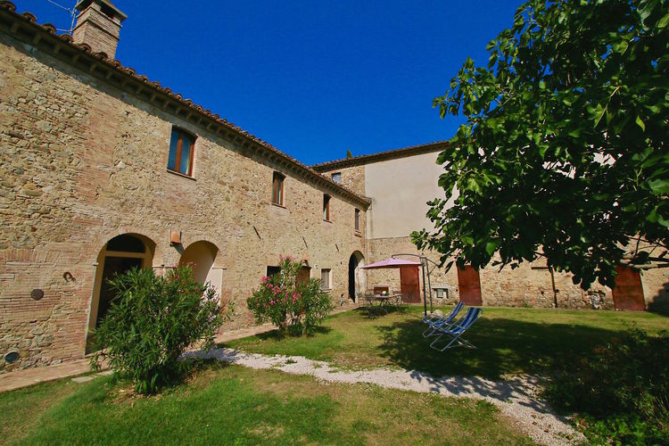 Appartement gelegen op een landgoed op het platteland tussen Umbrië en Toscane