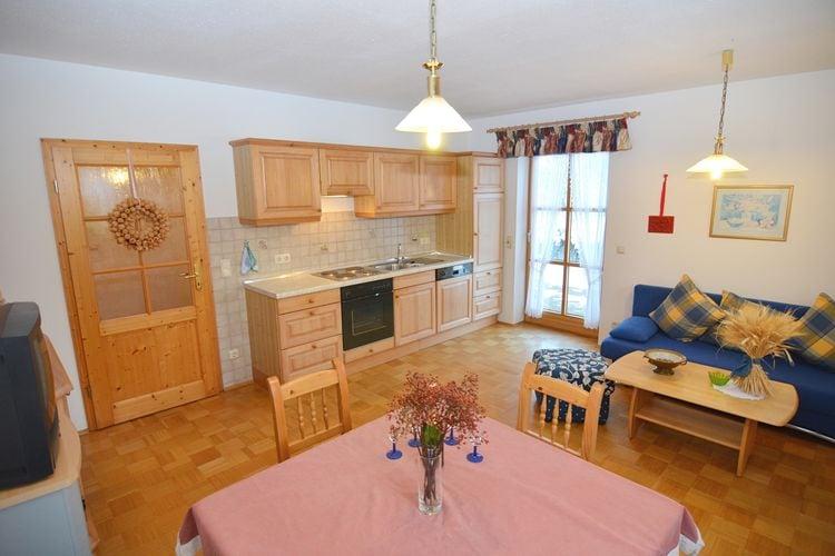 Vakantiehuizen Duitsland | Beieren | Appartement te huur in Schonsee   met wifi 10 personen