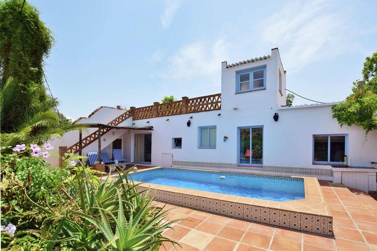 Andalucia Villas te huur Fantastische villa met privezwembad, privacy en mooie tuin, op 40 km van Málaga