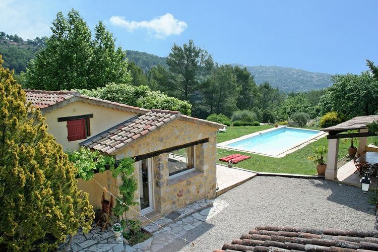 Fayence Vakantiewoningen te huur Heerlijke villa met verwarmbaar privézwembad, speeltoestellen dichtbij golfbaan Terre Blanche