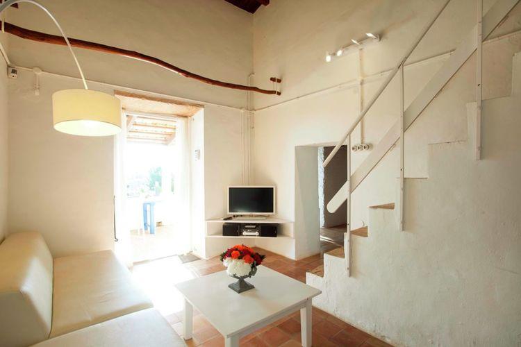 Ref: ES-00832-01 2 Bedrooms Price