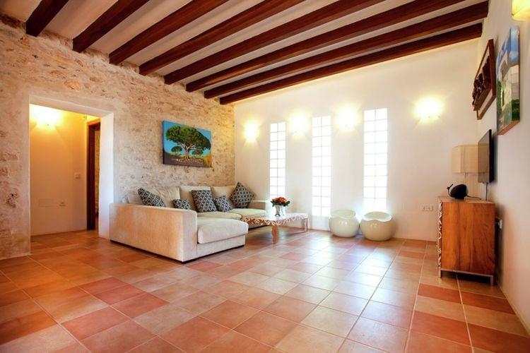 Ref: ES-00836-01 3 Bedrooms Price