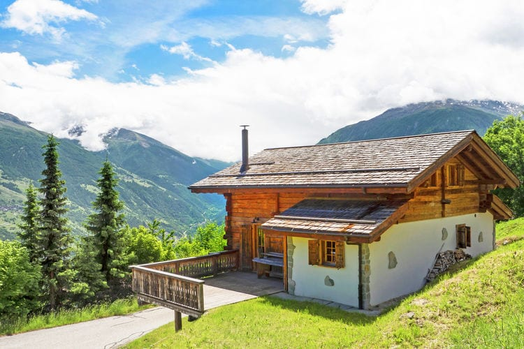 Chalet Zwitserland, Jura, Les Masses Chalet CH-1987-25