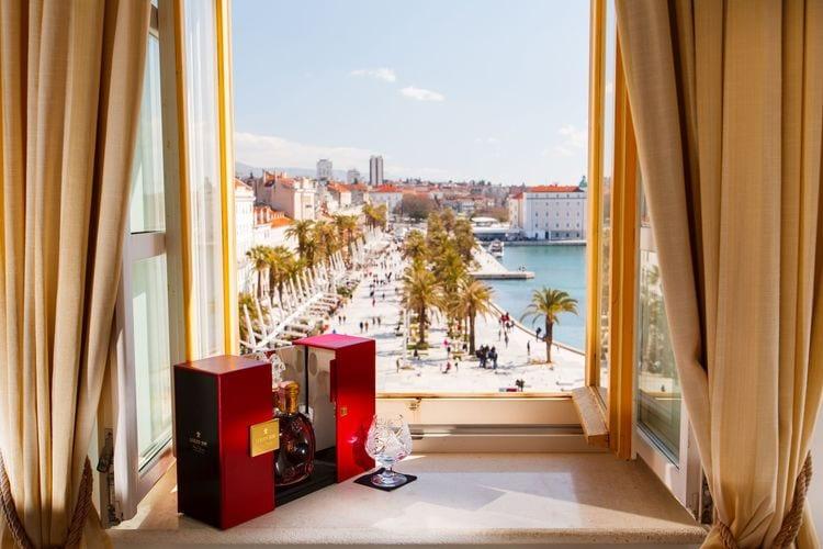 Split Vakantiewoningen te huur Luxe appartement in het centrum van Split met prachtig uitzicht op zee, airco