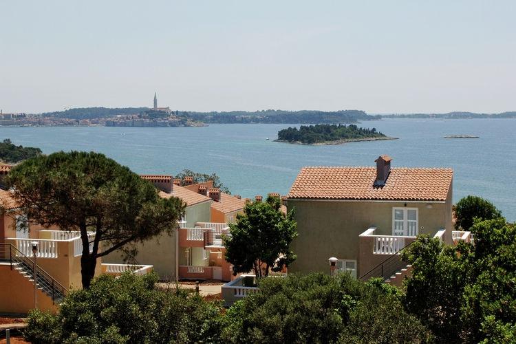 Rovinj Vakantiewoningen te huur Appartement op park vrijwel direct aan zee