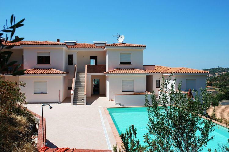Sardegna Appartementen te huur Appartement met spectaculair uitzicht op zee, 4 km van het prachtige strand