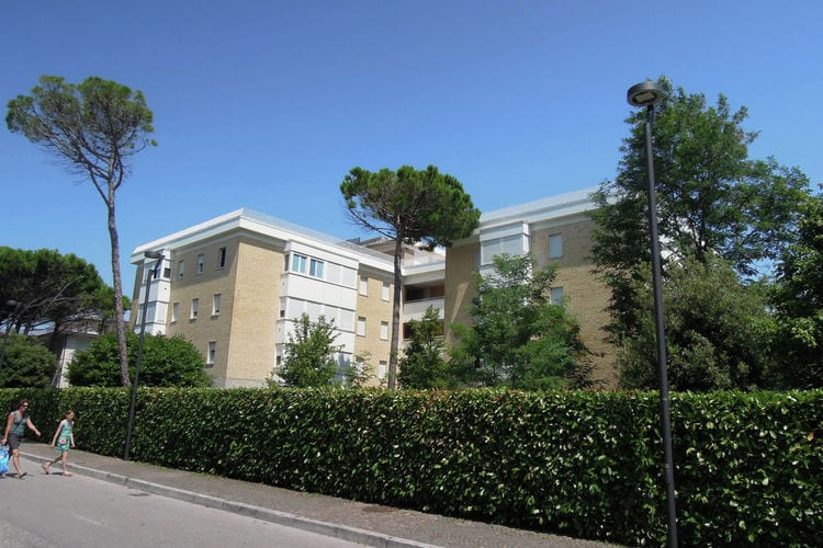 Residence Peony B UNO Bardonecchia Veneto Venice Italy