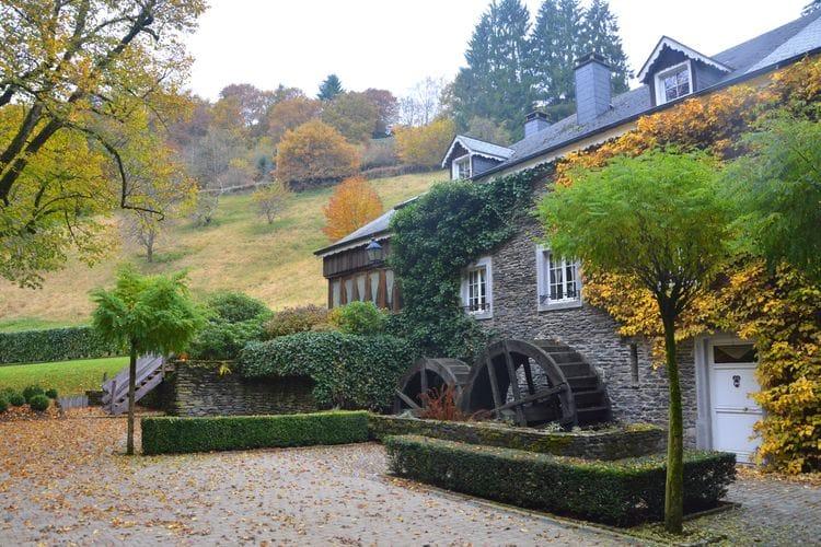 Namen Vakantiewoningen te huur Luxe, prachtig vakantiehuis met binnenzwembad en sauna voor families