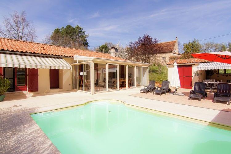 Comfortabele gelijkvloerse villa met verwarmd privé zwembad.
