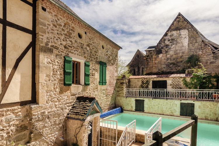 Vakantiehuis met zwembad met wifi  Coubjours  Coubjours 14P