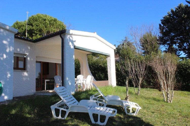 Numana Vakantiewoningen te huur Huis met tuin, uitzicht op zee, gratis parasol en ligstoelen op het strand