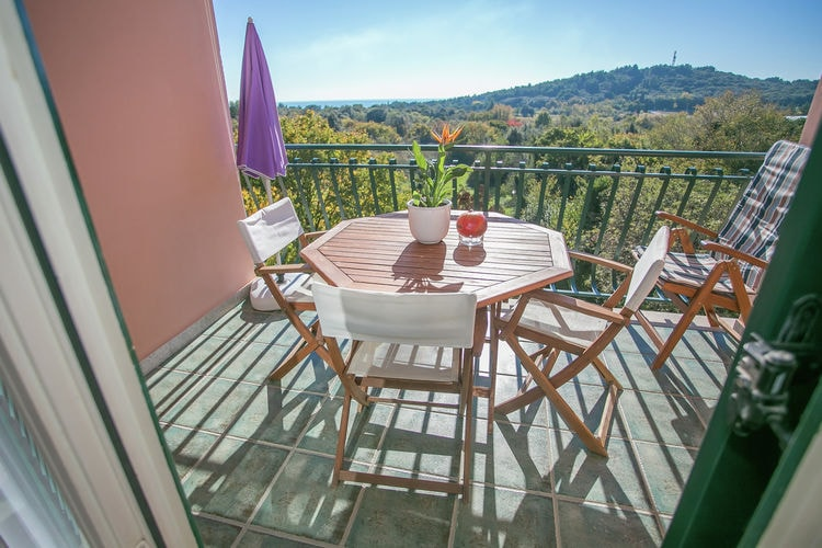 Appartement  met wifi  Rovinj  Apartment House Mareonda with Sea View \/ One-Bedroom Apartment Mareonda 201 with Balcony