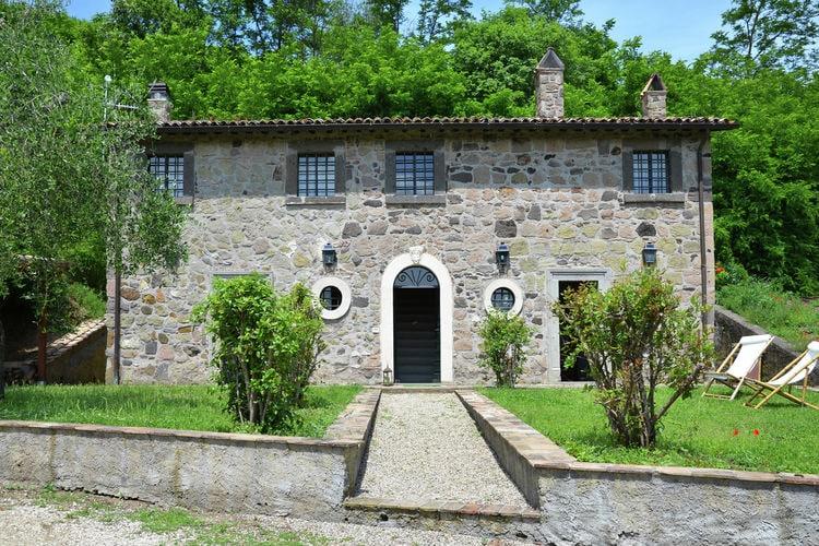 Villa met zwembad met wifi  Sermugnano  Rustiek huis met privé tuin en gemeenschappelijk zwembad, mooie omgeving
