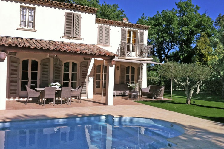 Provence-Alpes Cote d Azur Vakantiewoningen te huur Luxe Mediterrane villa met privézwembad op 1 km van de Zee en Saint Tropez
