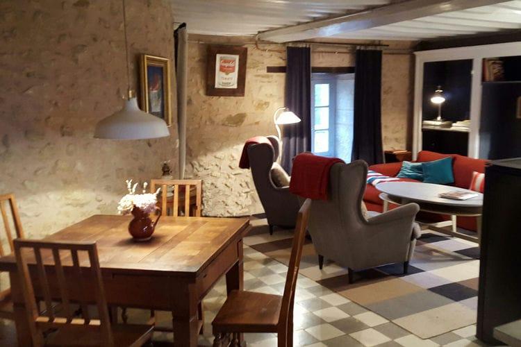 Kasteel Frankrijk, Bourgogne, Onlay Kasteel FR-00001-83