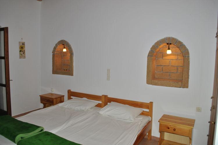 Ref: GR-24022-01 1 Bedrooms Price