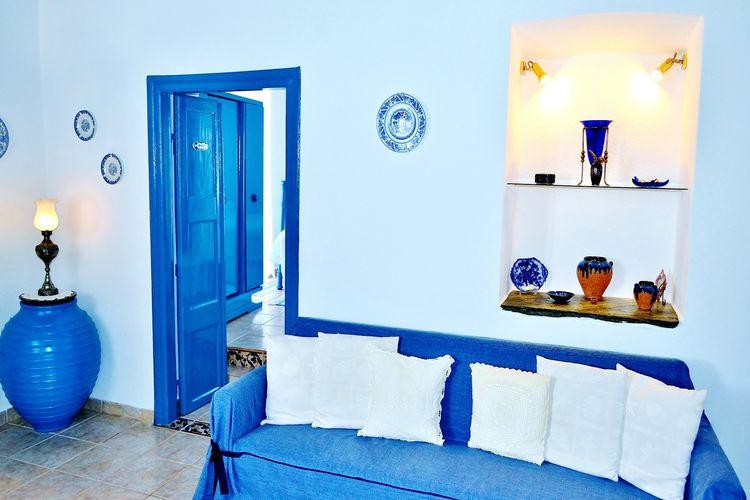 Ref: GR-84003-01 3 Bedrooms Price