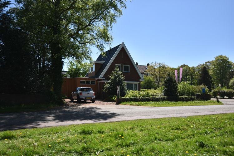 Vrijstaand vakantiehuis op loopafstand van IJsselmeer & Rijsterbos, 2 badkamers