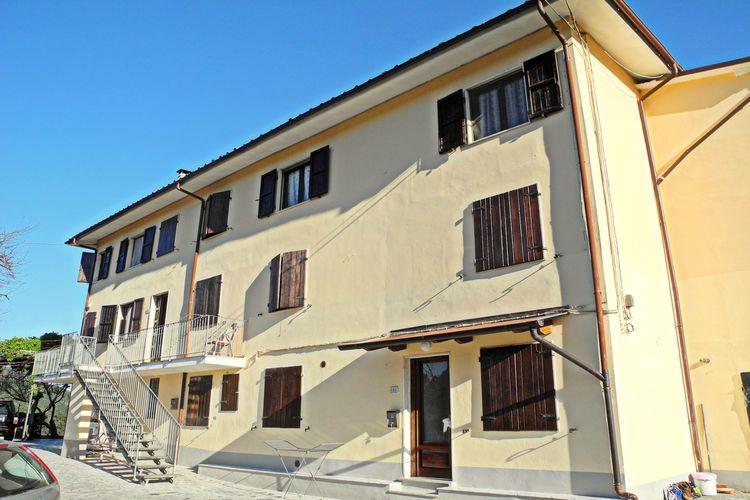 Vakantiehuizen Italie | Toscana | Vakantiehuis te huur in Lucca met zwembad  met wifi 6 personen